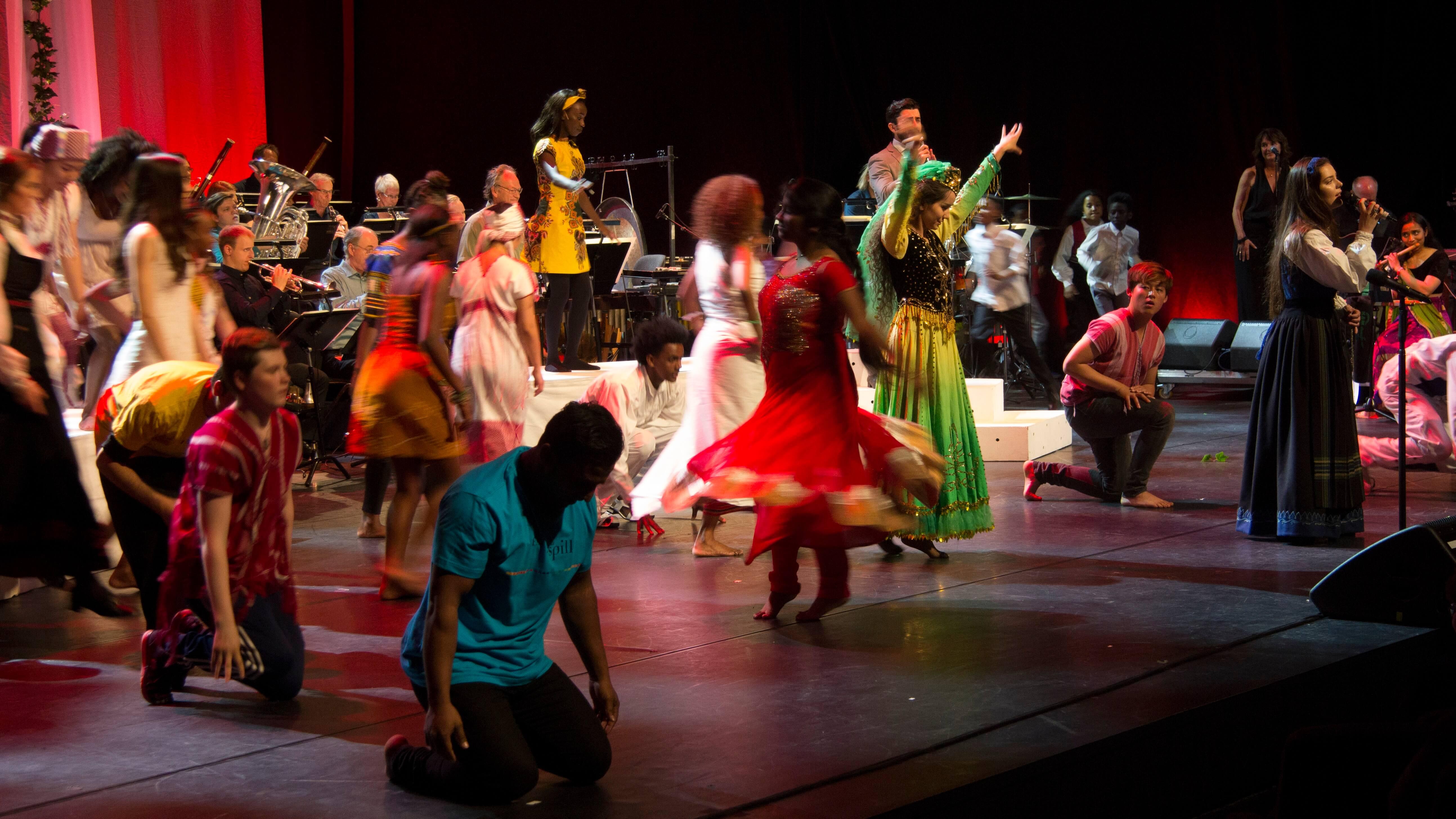 Fargespill på scenen