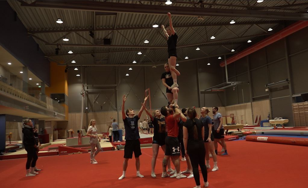 Studenter til NM i cheerleading